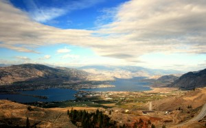 OsoyoosBC_ariel_city_view