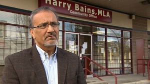 harry-bains-in_front_of_office
